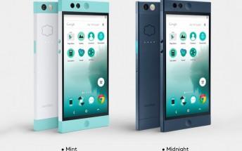 Nextbit starts selling its cloud-focused Robin smartphone