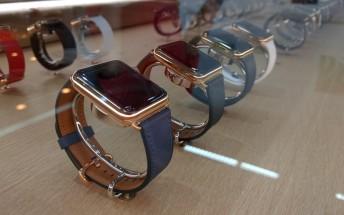 Smartwatch sales surpass Swiss watches, Apple Watch leads the way