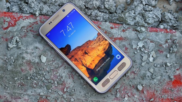 Samsung flags big jump in profit on strong S7 sales