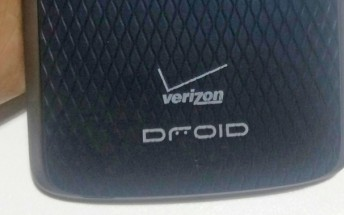 Motorola Droid Maxx 2 smiles for the camera in leaked live images