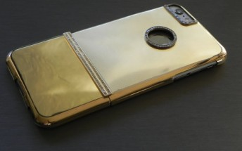 This iPhone 6 Plus case is made out of 117g of solid gold