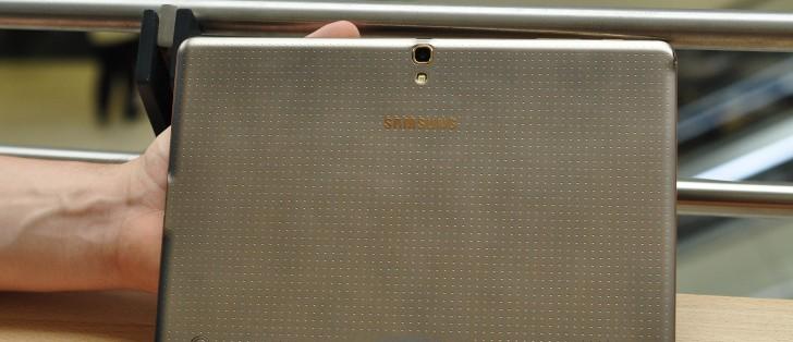 http://cdn.gsmarena.com/imgroot/news/15/08/samsung-windows-tablet-rumor/-728x314/gsmarena_001.jpg