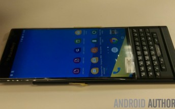 More live photos of BlackBerry Venice make the rounds online
