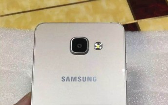 Live images of the Samsung Galaxy A5 and A7 successors leaked