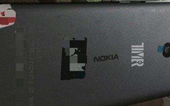All-metal Nokia smartphone leaks in photo, could be one of three 2016 models