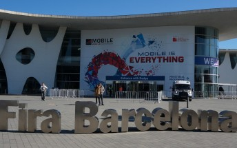 Experience MWC in Barcelona in a 4K time lapse video