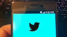 Twitter to feature a dark UI that automatically activates at night
