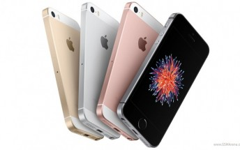 Apple can�t keep up with the iPhone SE�s demand online and at some stores