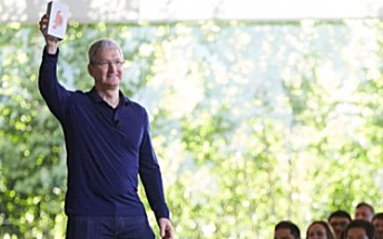 iPhone crosses 1 billion sales milestone