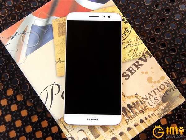 Huawei Launches the P9 in India at Rs.39999