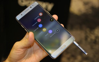 We fondled the Samsung Galaxy Note7, here's the video