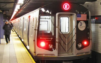 New York City MTA urges riders not to use Note7 on public transit