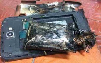Samsung Galaxy Note 2 catches fire on IndiGo flight