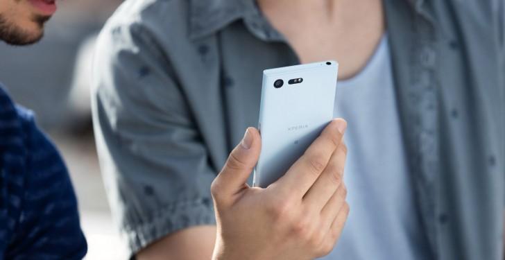 Sony Xperia X nhỏ gọn hiện đang có sẵn để mua hàng tại Mỹ