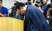 Samsung Mobile chief vows to earn the users' trust back