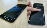 Samsung Galaxy S7 edge in Glossy Black leaks in live photos