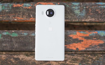 Lumia 950 XL now $299 at the Microsoft store