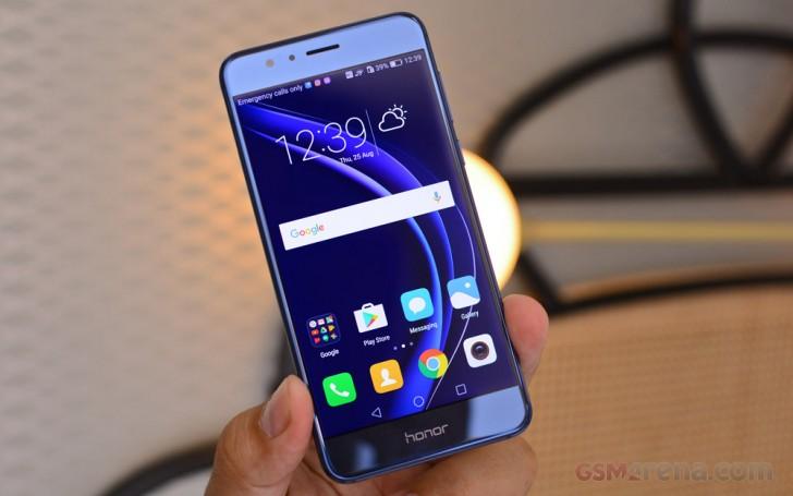 Nougat cập nhật cho Huawei Honor 8 sẽ ra mắt vào ngày 16 tháng 1 tại Nhật Bản