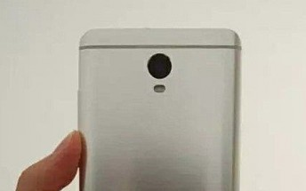New Xiaomi phone leaks in live images