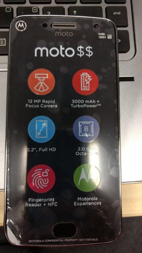 Moto G5 Plus are o camera de 12MP, procesor octa-core 139