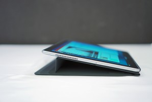 Stand modes - News 17 02 Samsung Galaxy Book Hands On review