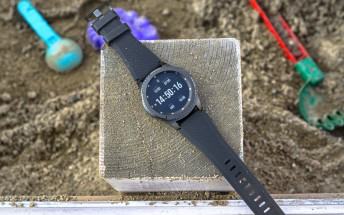 Samsung pushes new software update to Gear S3, many new features on board