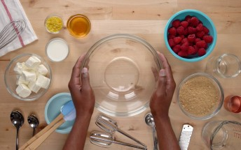 Google Home's Assistant now knows 5 million recipes, will help you cook