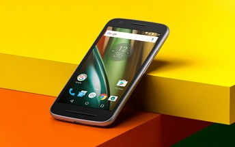Moto E4 may have passed through the FCC with Android 7.0 on board