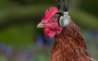 Headphone jack on OnePlus 5 is safe, a cryptic tweet by Carl Pei suggests