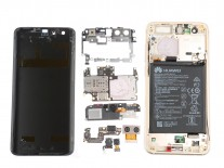 Huawei Honor 9 taken apart, rubber seal found around the USB-C port
