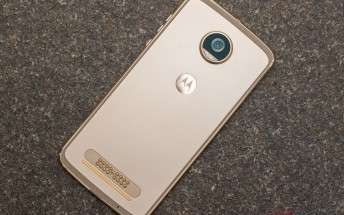 Motorola Moto Z2 Play now available to pre-order in UK