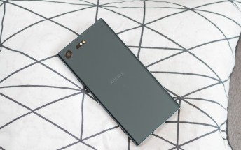Sony Xperia XZ Premium is now on pre-order in the US for $799.99 unlocked