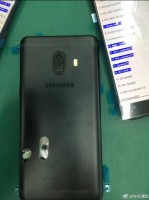 Live images of alleged Samsung Galaxy C10 units