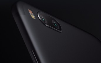 Xiaomi will reportedly launch a new brand this month, its first smartphone pictured