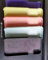 iPhone 8 cases in five different colors