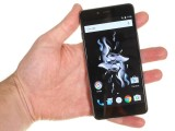 OnePlus X review: Handling the OnePlus X