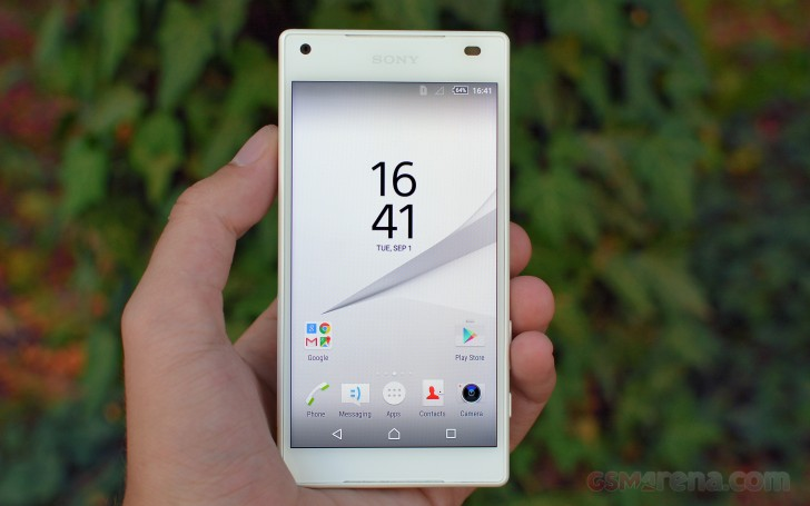 sony xperia z5 compact review tests. Black Bedroom Furniture Sets. Home Design Ideas