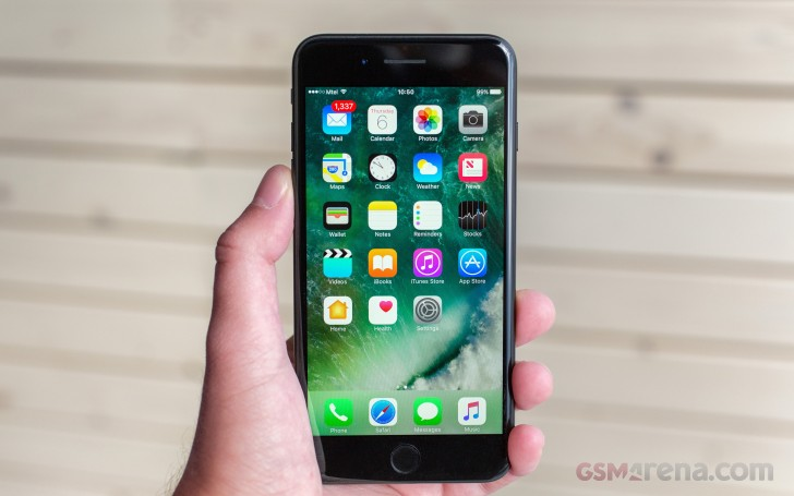apple iphone 7 plus review software overview