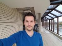 Selfie samples: Galaxy S7 - Xiaomi Mi Note 2 vs. Samsung Galaxy S7 edge