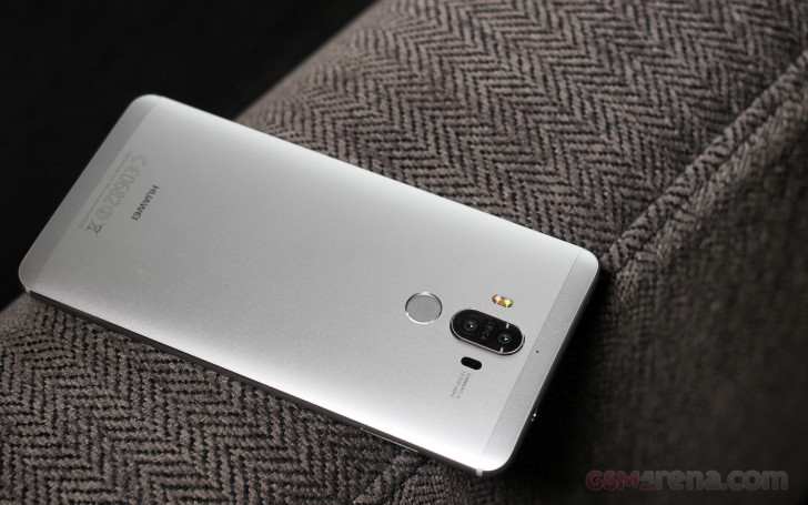 Mobile incorp: Huawei Mate 9 Huawei Fit hands on First look