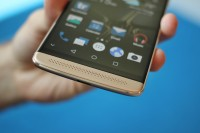 So much audio power packed in 7.8mm - ZTE Axon 7 mini review