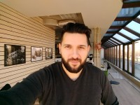 Selfie Beautify on max - Motorola Moto Z Play review