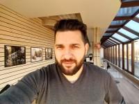 Selfie HDR - Motorola Moto Z Play review