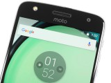 Relatively clean front side - Motorola Moto Z Play review