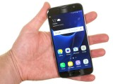 In the hand - Samsung Galaxy S7 review