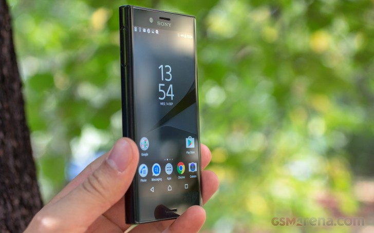 sony xperia x compact review tests. Black Bedroom Furniture Sets. Home Design Ideas