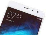 Above the display is a 5MP selfie camera - Xiaomi Redmi Pro  review