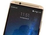 The top of the Axon 7 - ZTE Axon 7 review