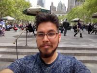 Daylight selfie - HDR: Auto - Blackberry Keyone review