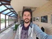 LG G6 selfie samples: Wide - LG G6 vs. Galaxy S8 vs. Xperia XZ Premium review